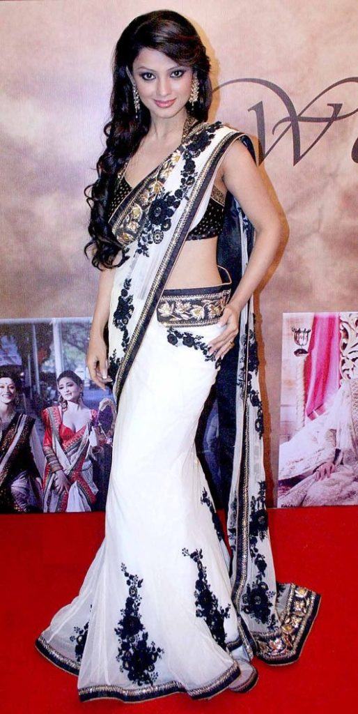 Adaa Khan Hot Images In Saree