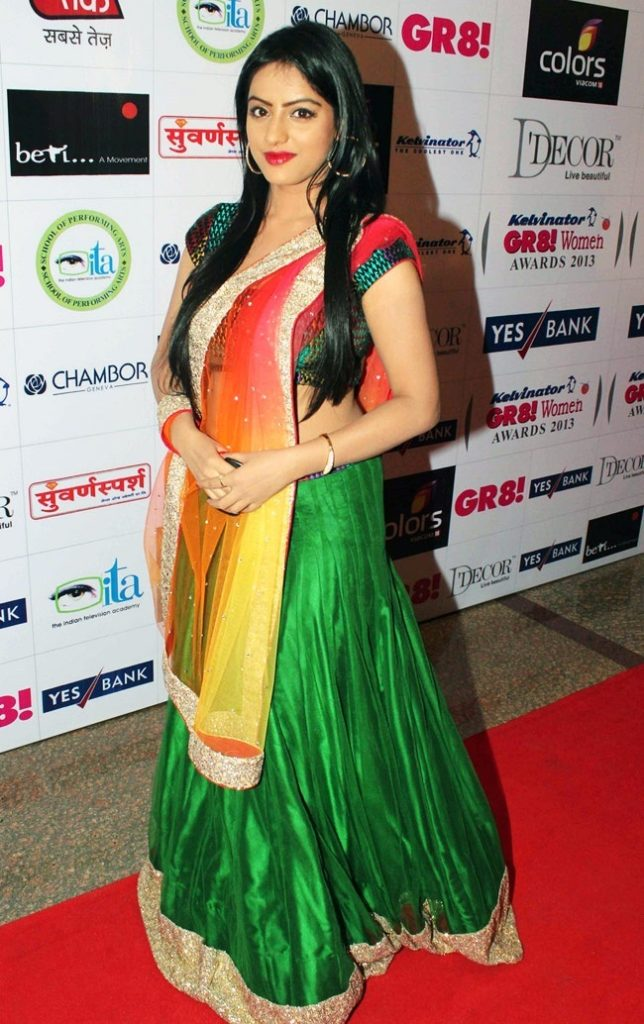 Deepika Singh Hot In Saree Pictures