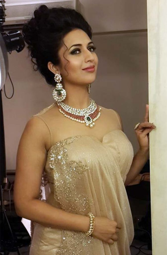 Divyanka Tripathi Lovely Photoshoot Gallery