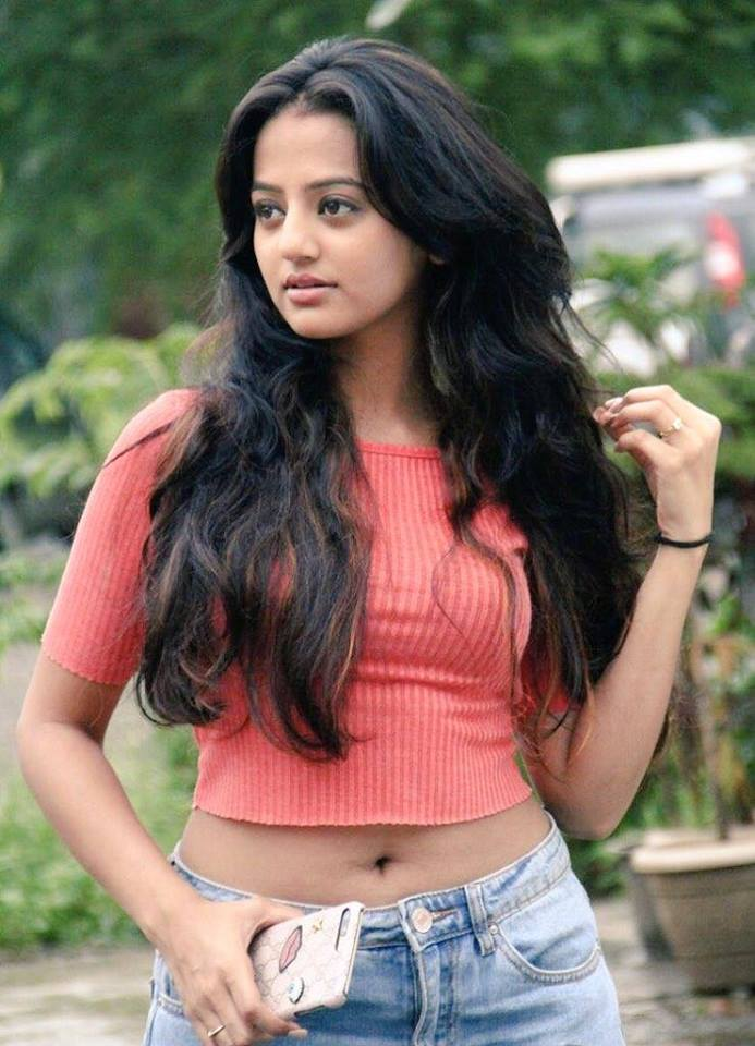 Helly Shah Spicy Navel Pics In Jeans Top