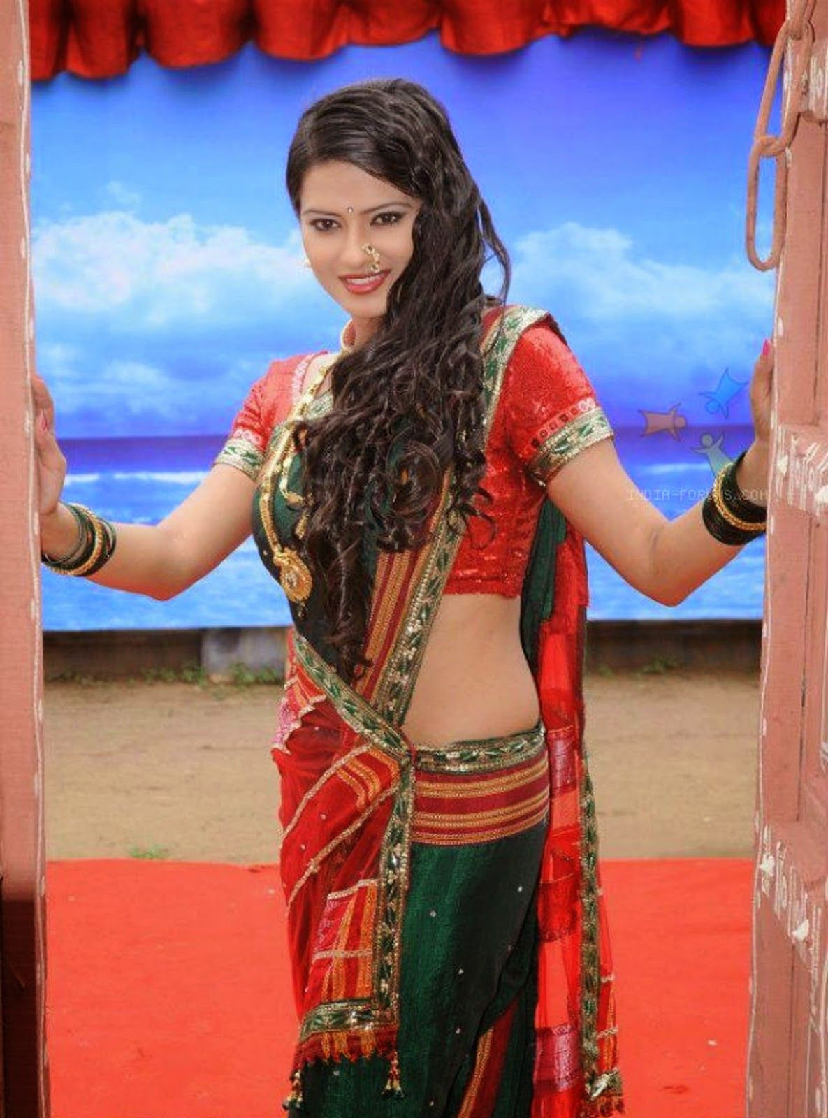 Kratika Sengar Hot Pictures In Shorts New HD Wallpapers