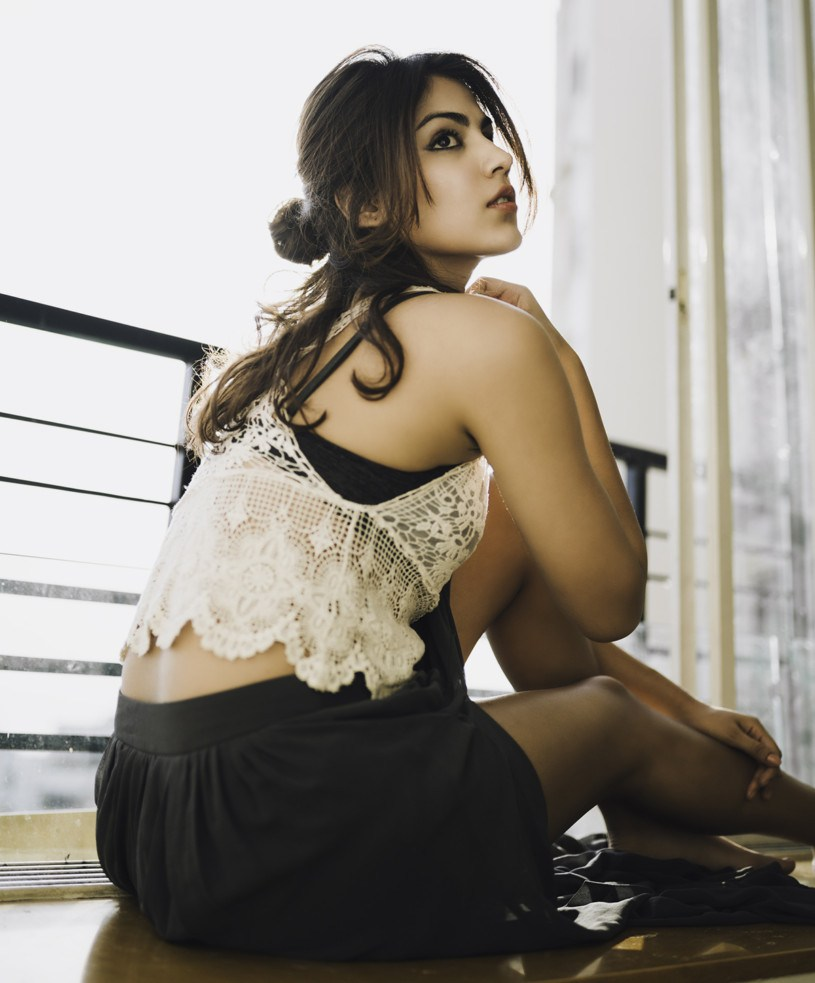 Rhea Chakraborty Hot Images In Bra Panty