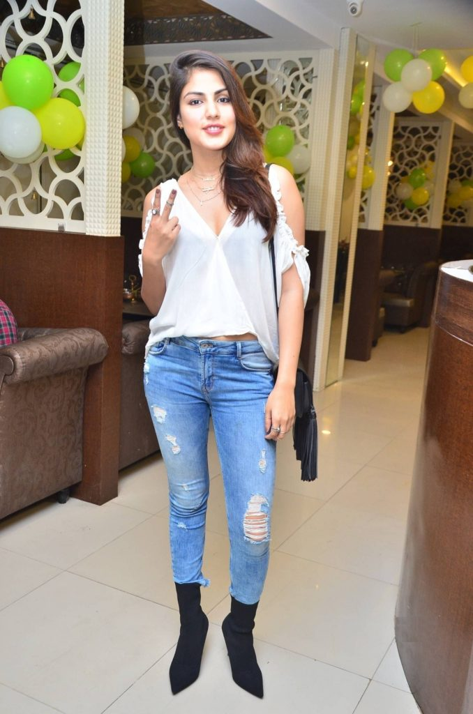 Rhea Chakraborty Hot Unseen Images In Jeans Top