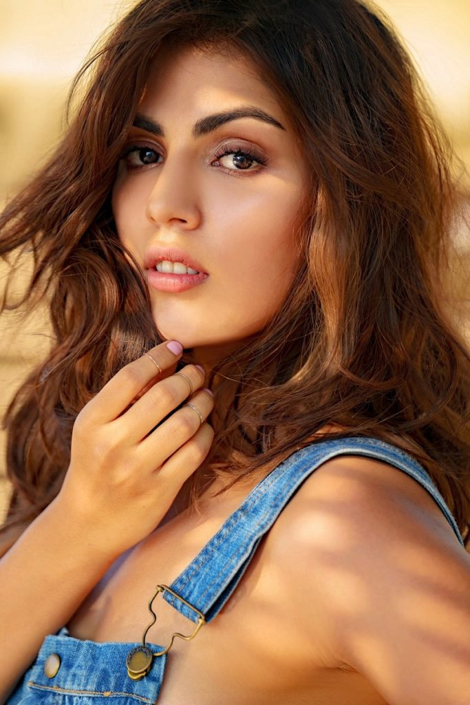 Rhea Chakraborty Latest New Full HD Pictures