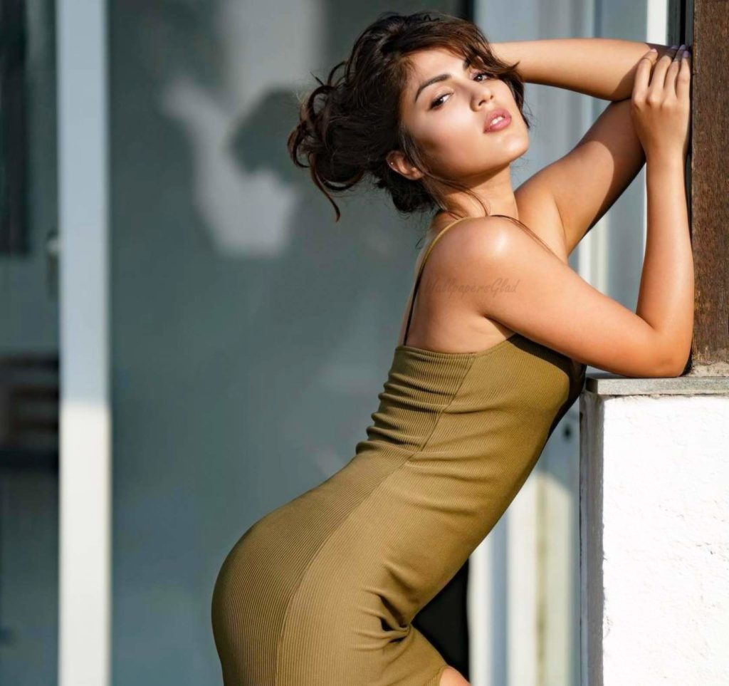 Rhea Chakraborty Sexy Under Arms Wallpapers