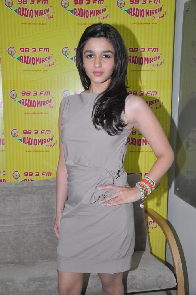 Alia Bhatt Latest Hair Style Wallpapers