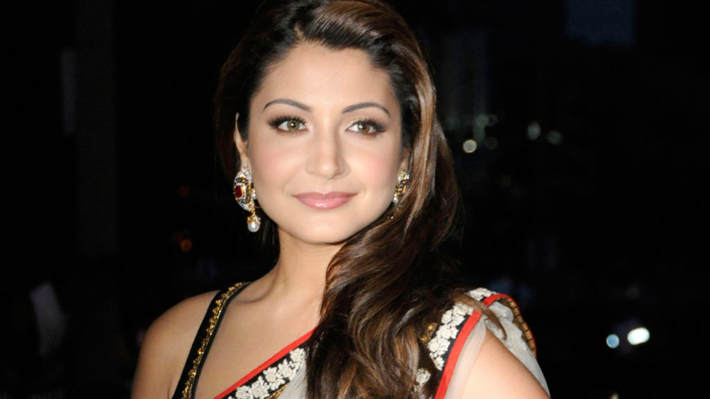 Anushka Sharma Charming Images