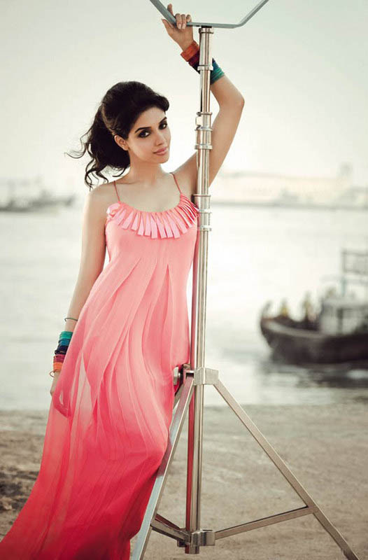Asin Charming & Attractive Photos For Profile Pics