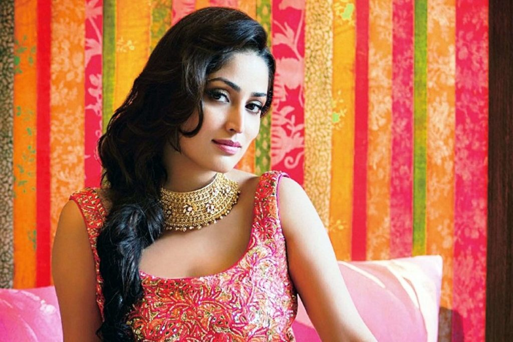 Beautiful Yami Gautam Hot Photos In Saree