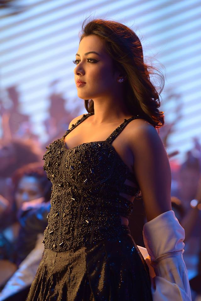 Catherine Tresa Hot Pictures Gallery