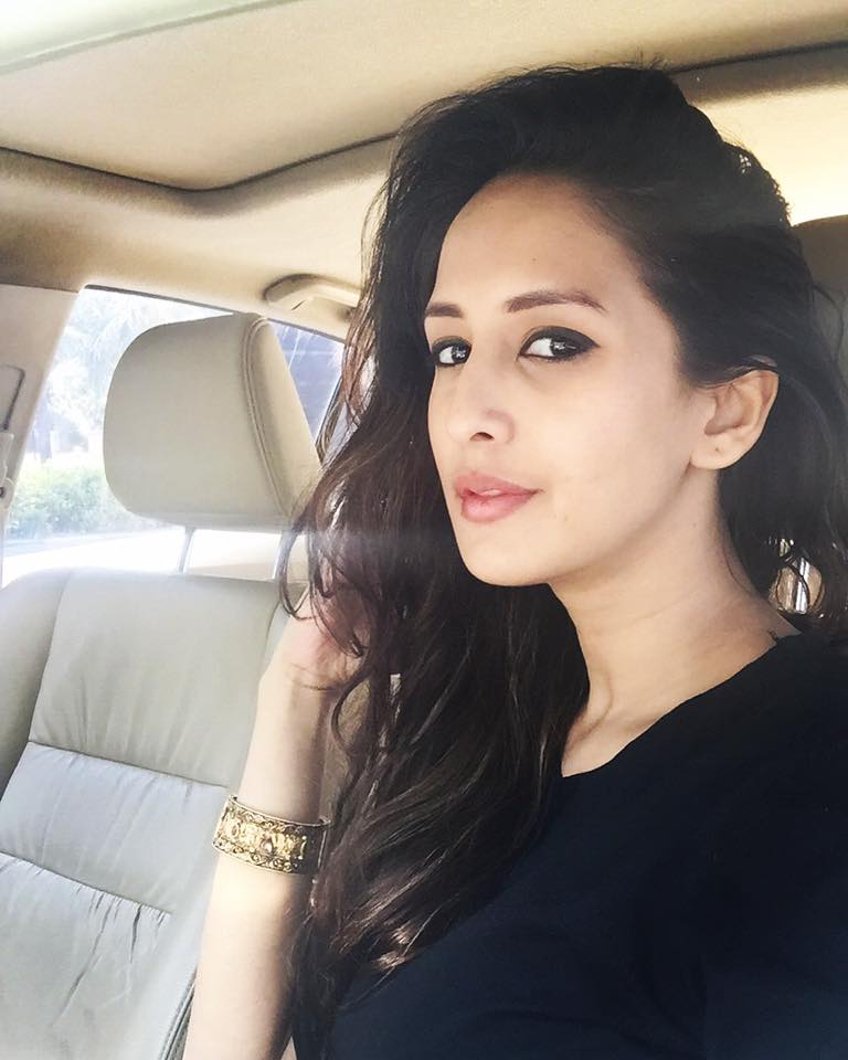 Chahat Khanna Pictures