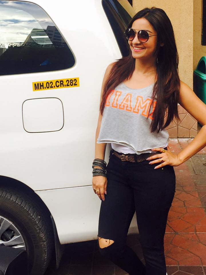 Chhavi Pandey Hot Pictures Gallery