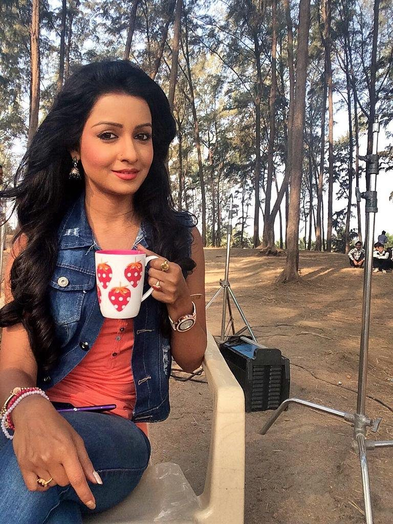 Chhavi Pandey Latest Pics Download
