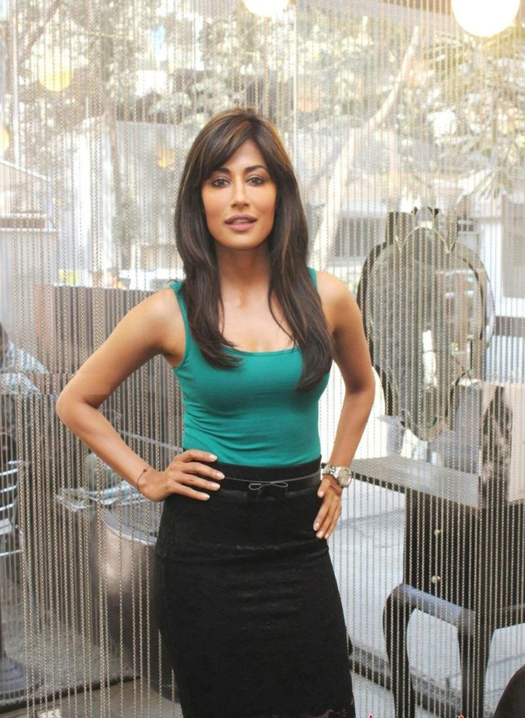 Chitrangada Singh Sexy Boobs Showing Wallpapers