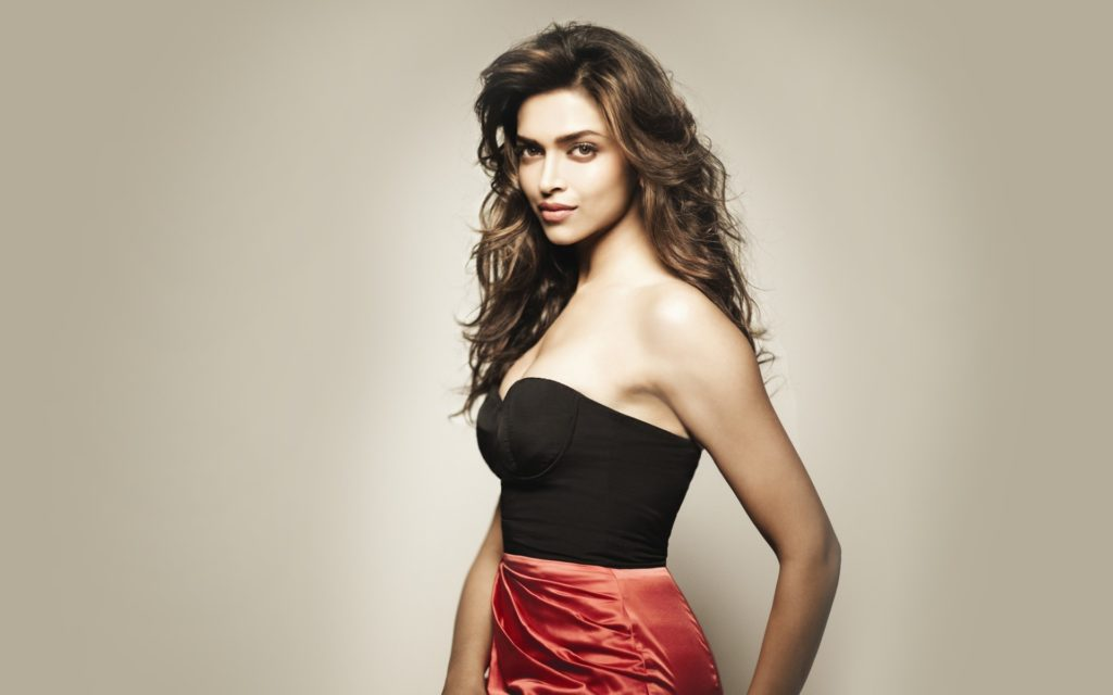 Deepika Padukone Hot Boobs Showing Images For Profile Pics