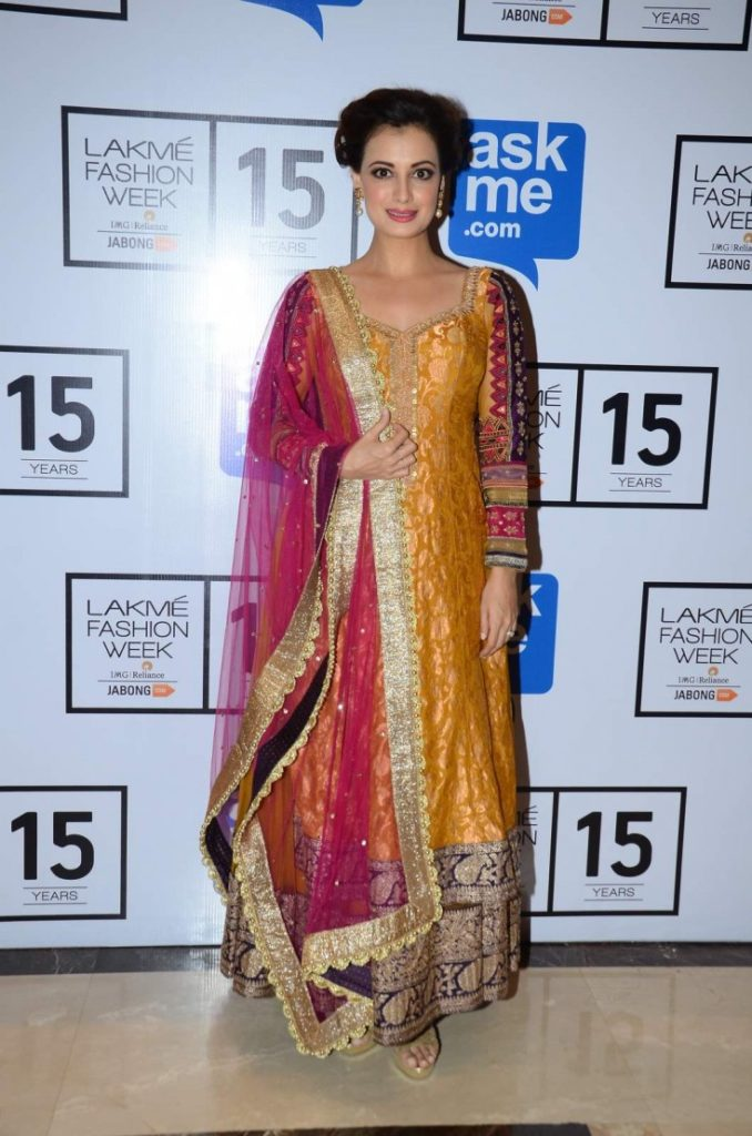 Dia Mirza Beautiful Images At Award Show