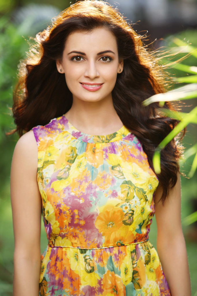 Dia Mirza Bombastic Wallpapers Free Download