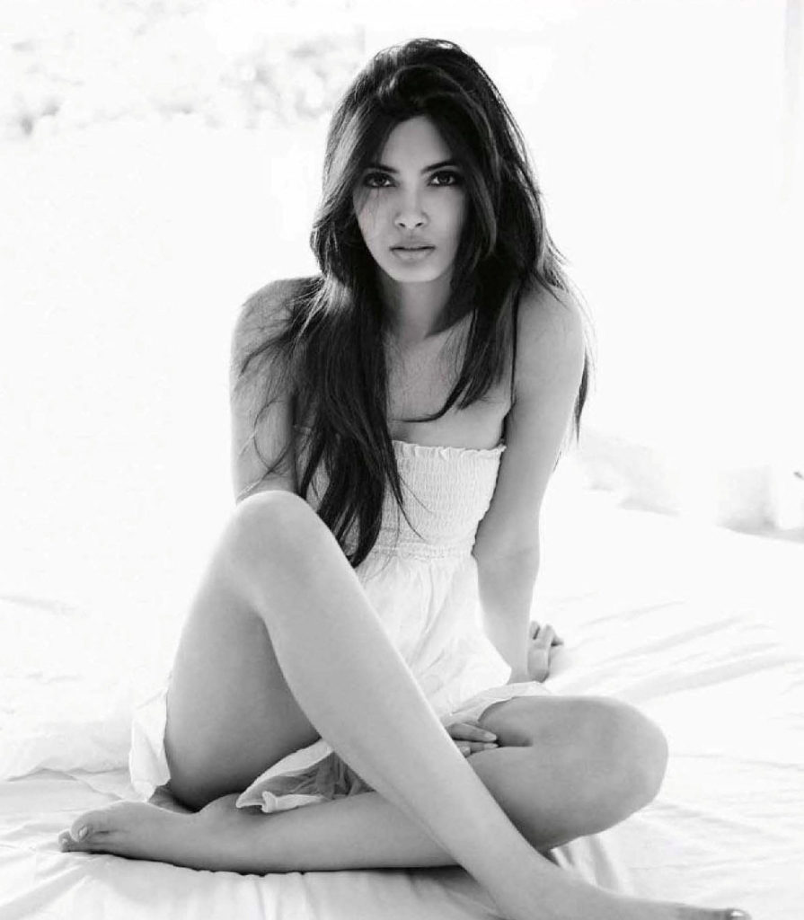 Diana Penty Hot Topless Wallpapers Download