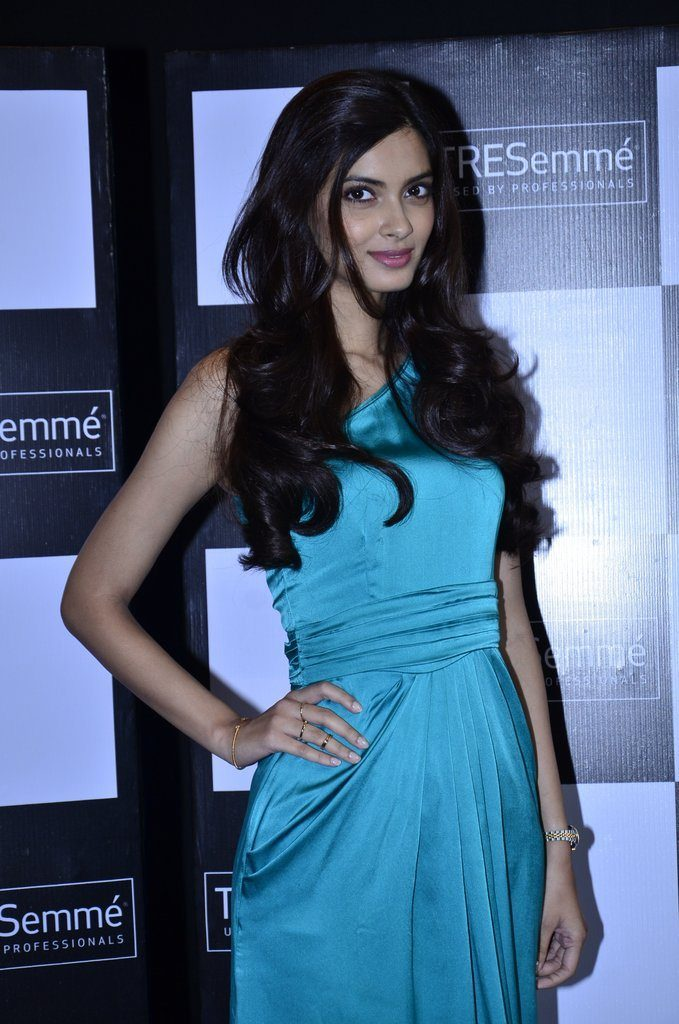 Diana Penty Latest Hair Style Images