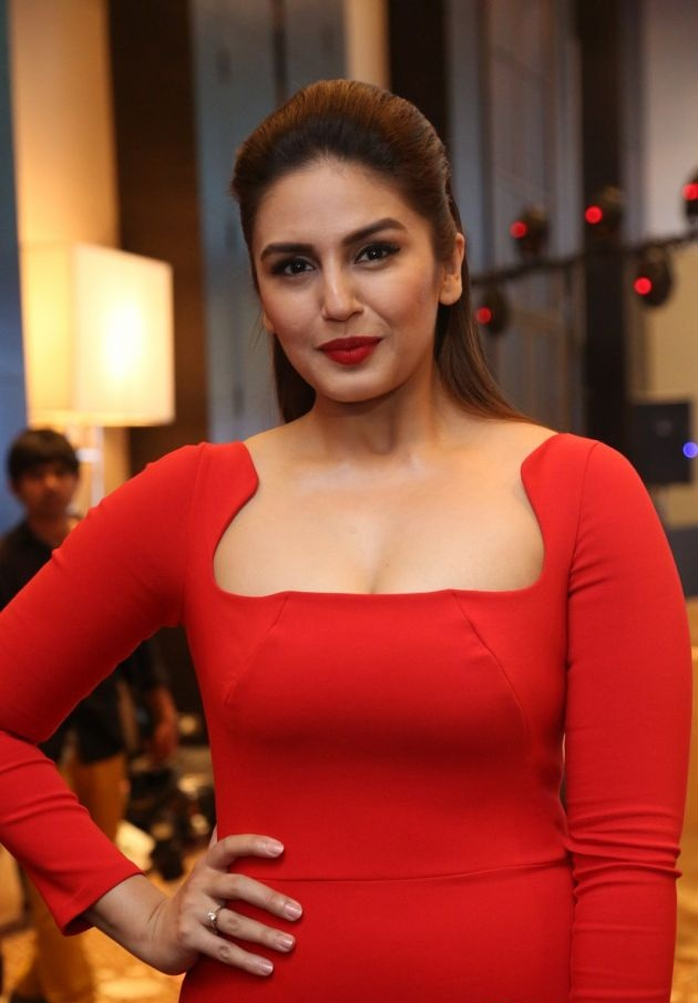 Huma Qureshi Latest Hair Style Pictures