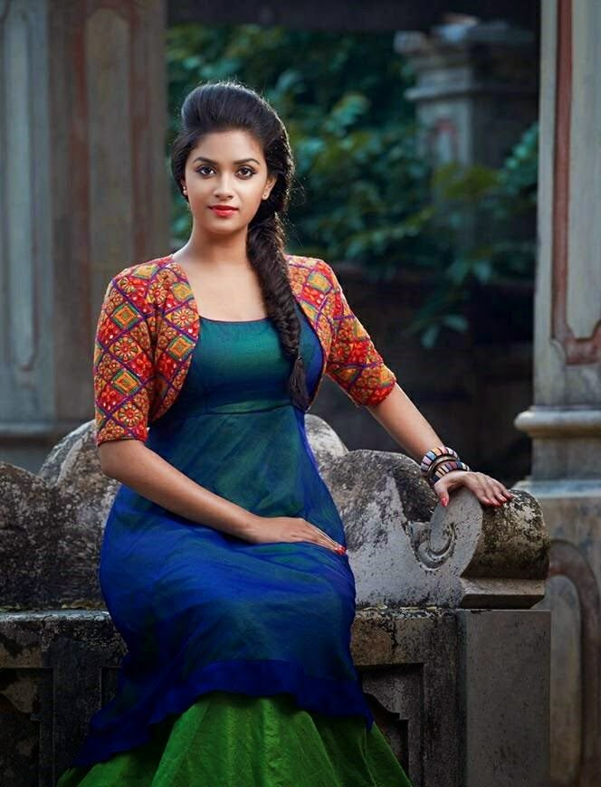 Keerthy Suresh Hot & Sexy Images Gallery In 2018