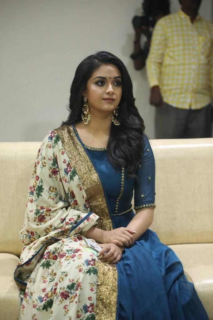 Keerthy Suresh New Style Pics