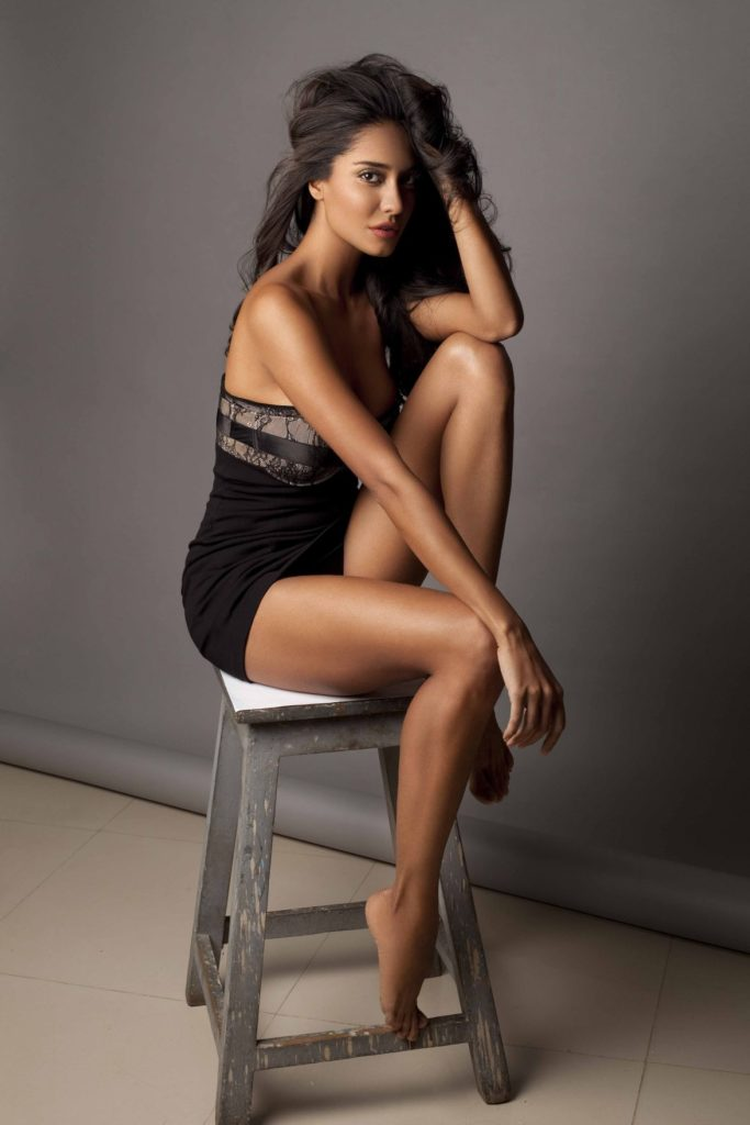 Lisa Haydon Hot HD Photo Gallery