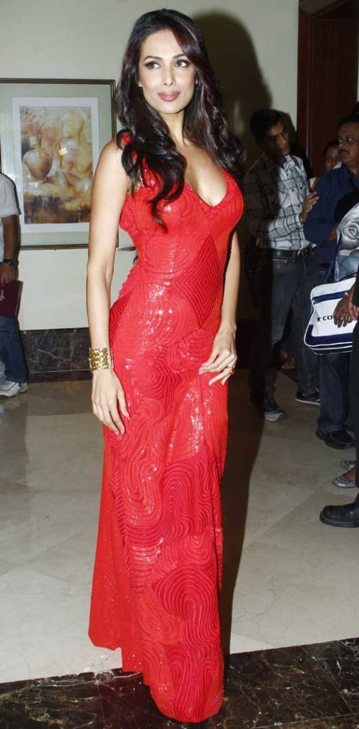 Malaika Arora Hot Wallpapers In Red Color Cloths HD