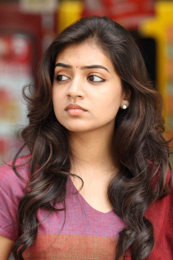 Nazriya Nazim Beautiful Images Full HD At Award Show