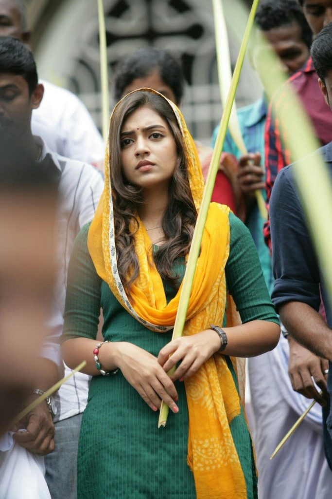Nazriya Nazim Hot Images In Salwaar Kameez