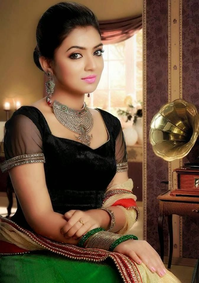 Nazriya Nazim Hot Pictures Photoshoot