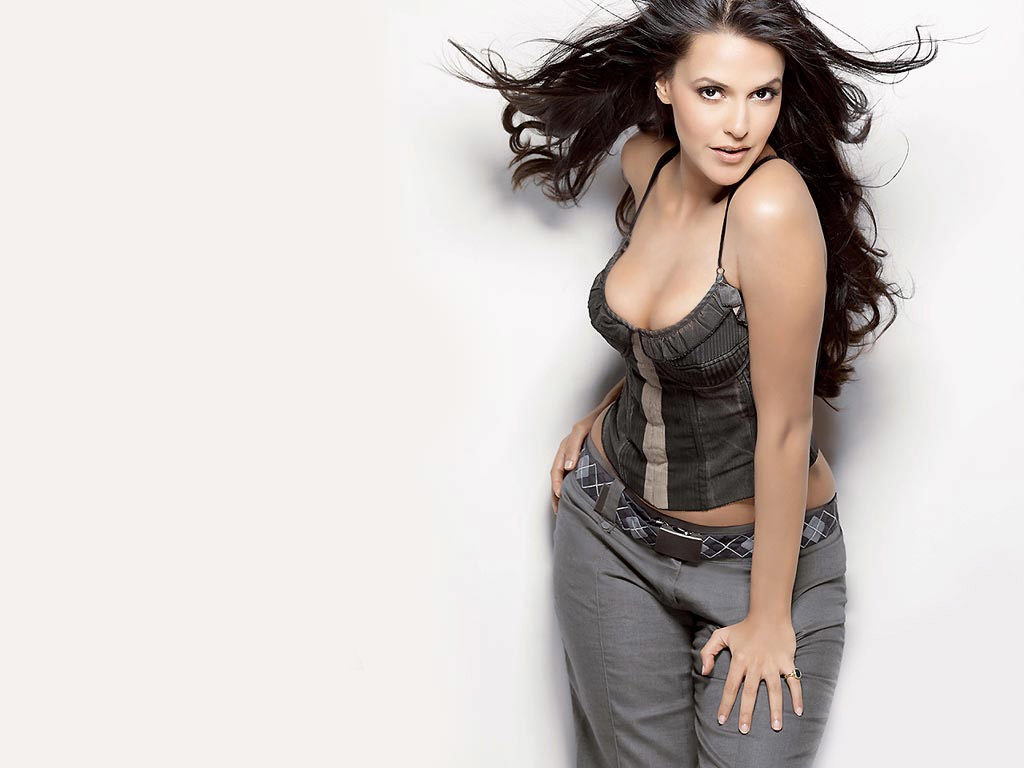 Neha Dhupia Sexy Imagesd Free Download
