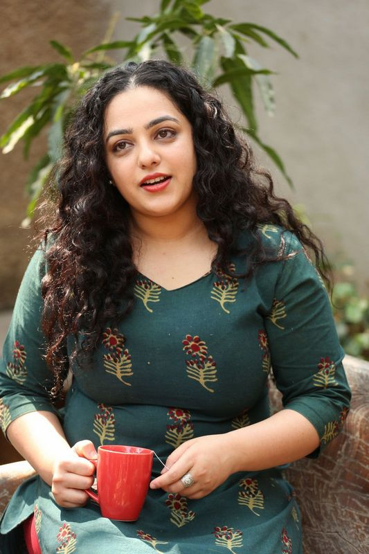 Nithya Menon Hot Wallpapers