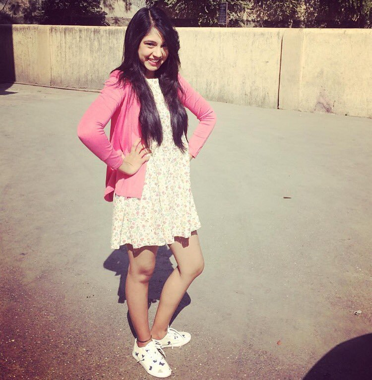 Niti Taylor Beautiful Unseen Pics Pictures