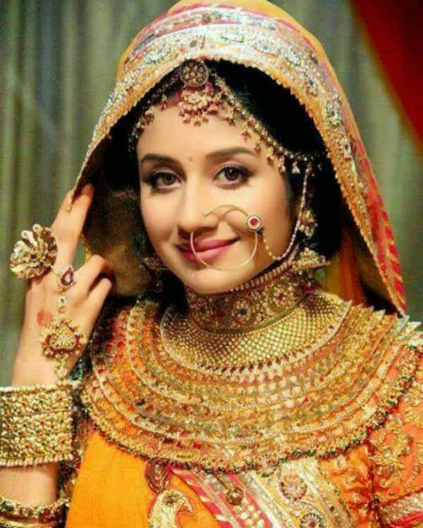 Paridhi Sharma Cute Smiling Pics