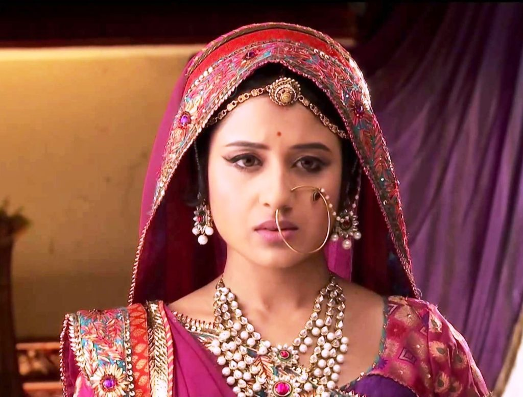 Paridhi Sharma Hot Look In Jodha