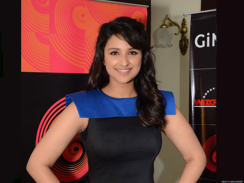 Parineeti Chopra Latest Hair Style Pictures Images