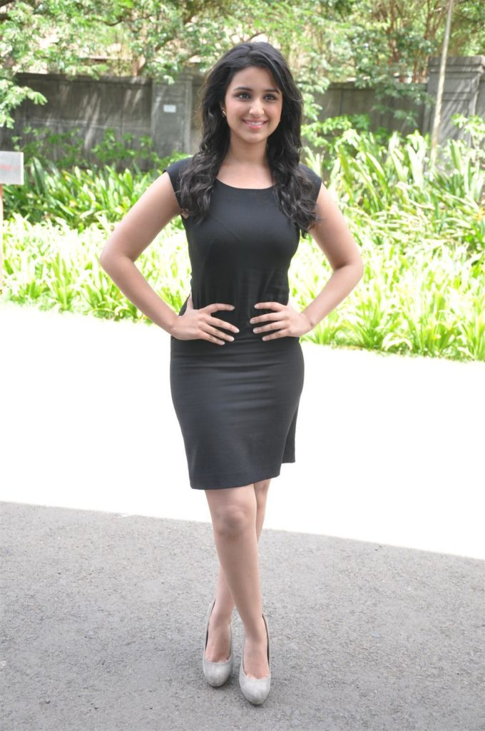 Parineeti Chopra Latest Hot Unseen Pictures Images