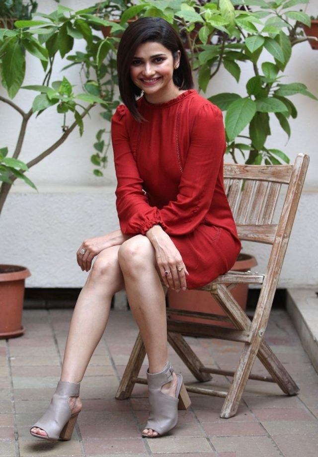Prachi Desai Hot Looking Pictures Photoshoot HD
