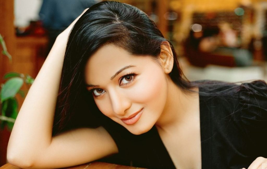 Preetika Rao Hot Photo Gallery