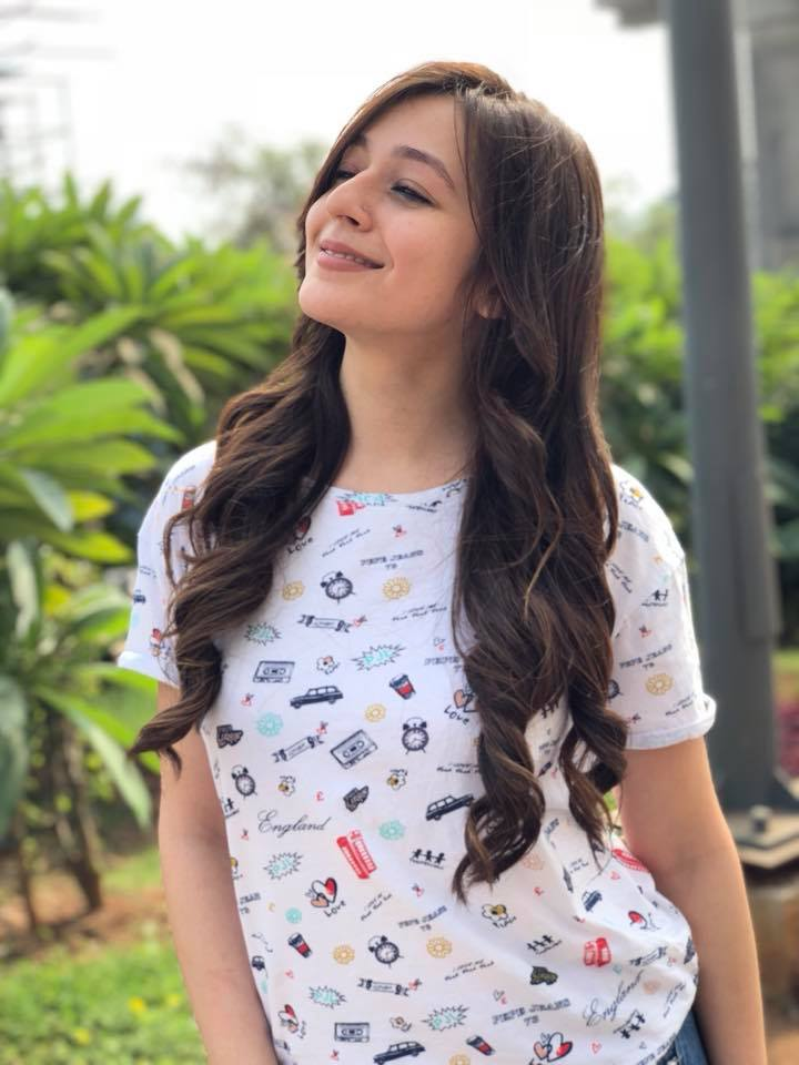 Priyal Gor HD Pictures