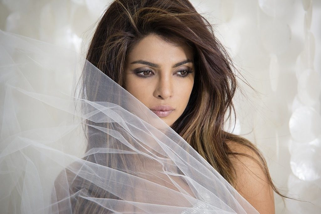 Priyanka Chopra Latest Hair Style Pictures Images Photos