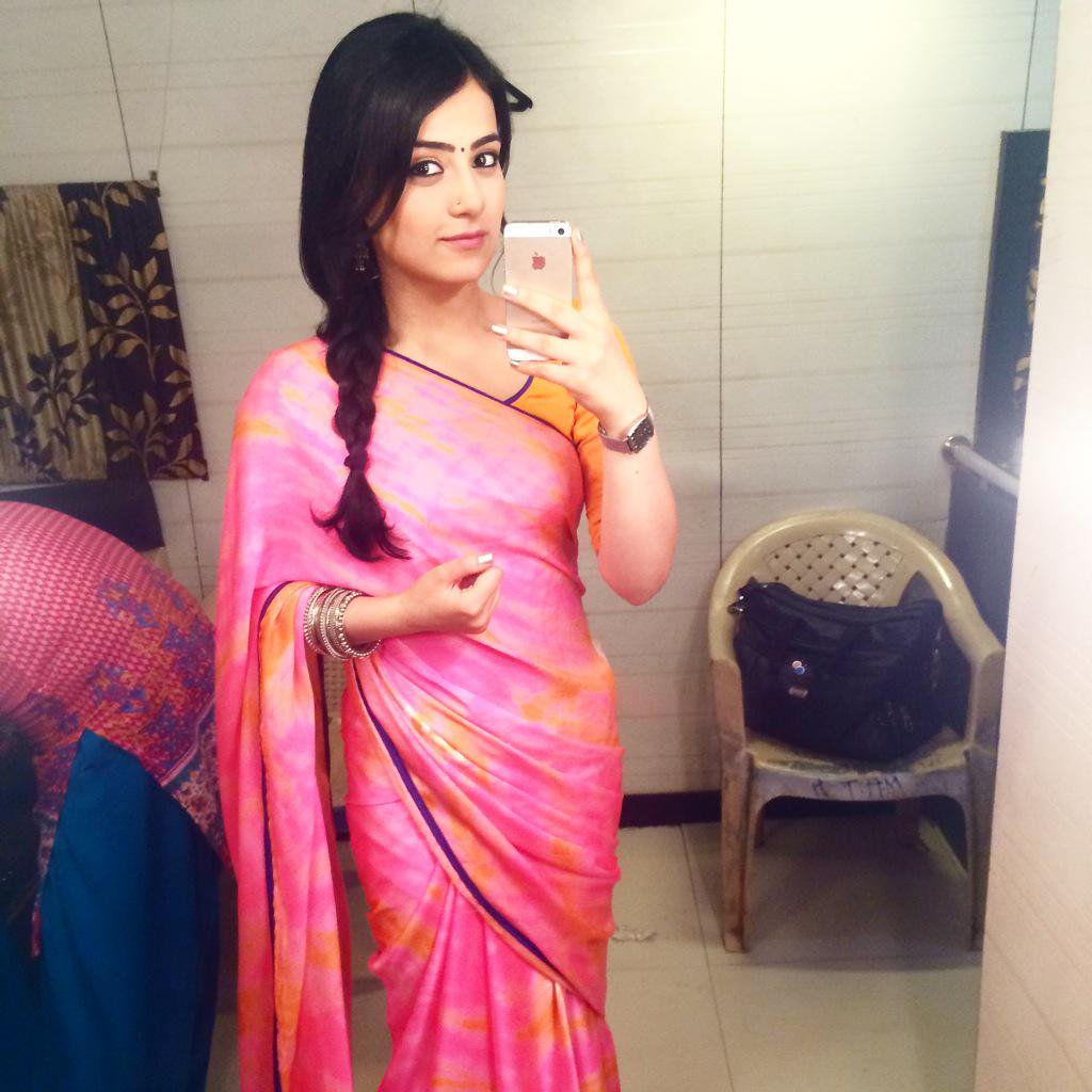 Radhika Madan Hot Pictures In Saree