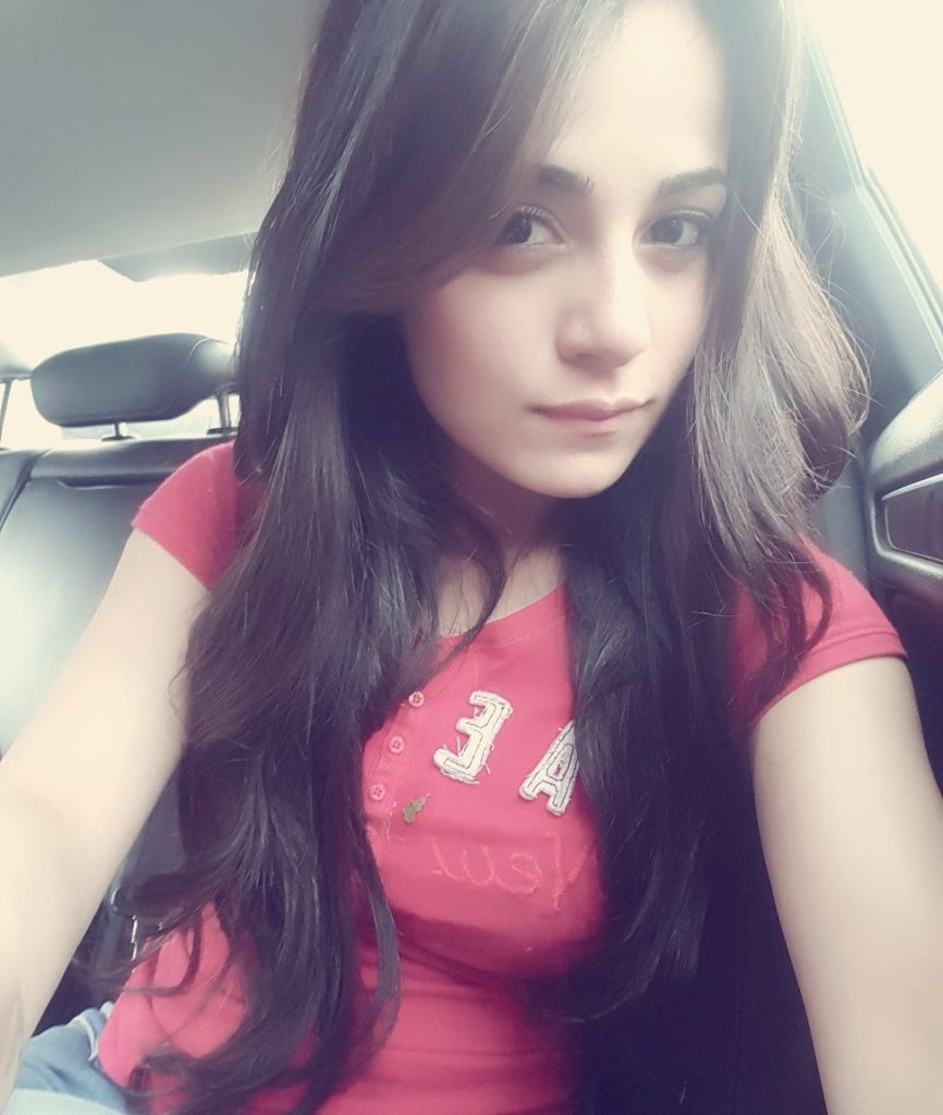 Radhika Madan Pictures Download