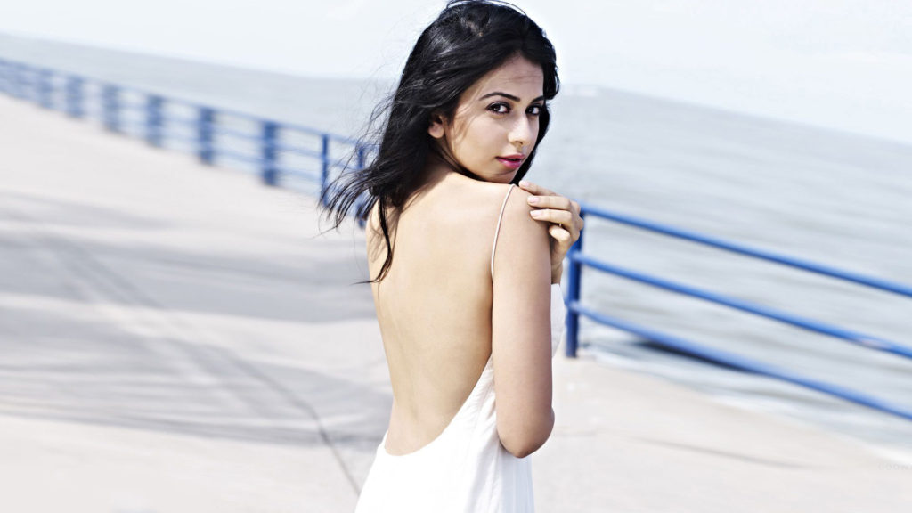 Rakul Preet Singh Height, Weight, Age, Biography & More!