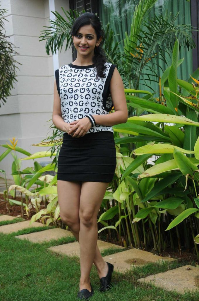 Rakul Preet Singh Latest HD Images 2017