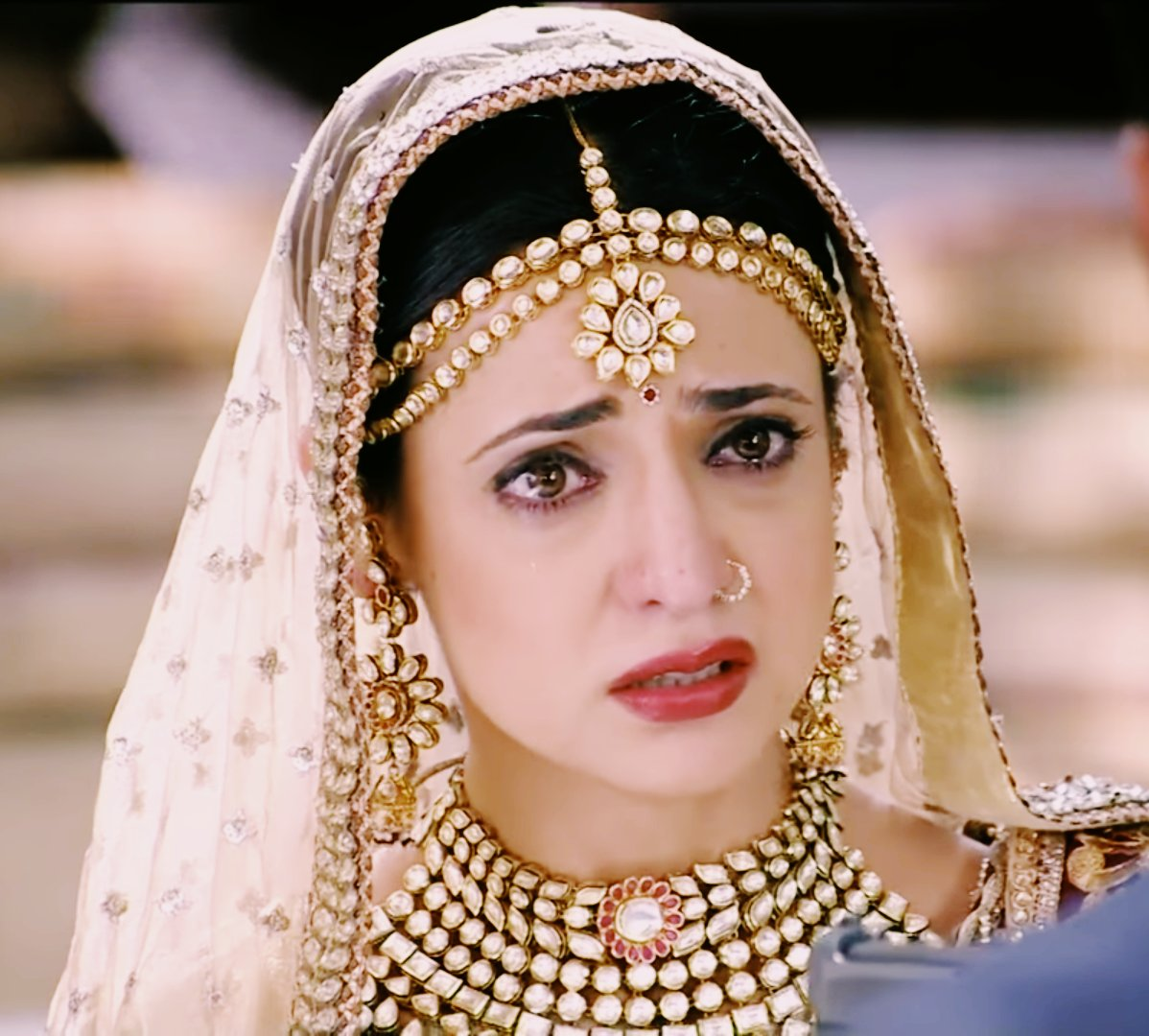 Watch Sanaya Irani 	2006 video