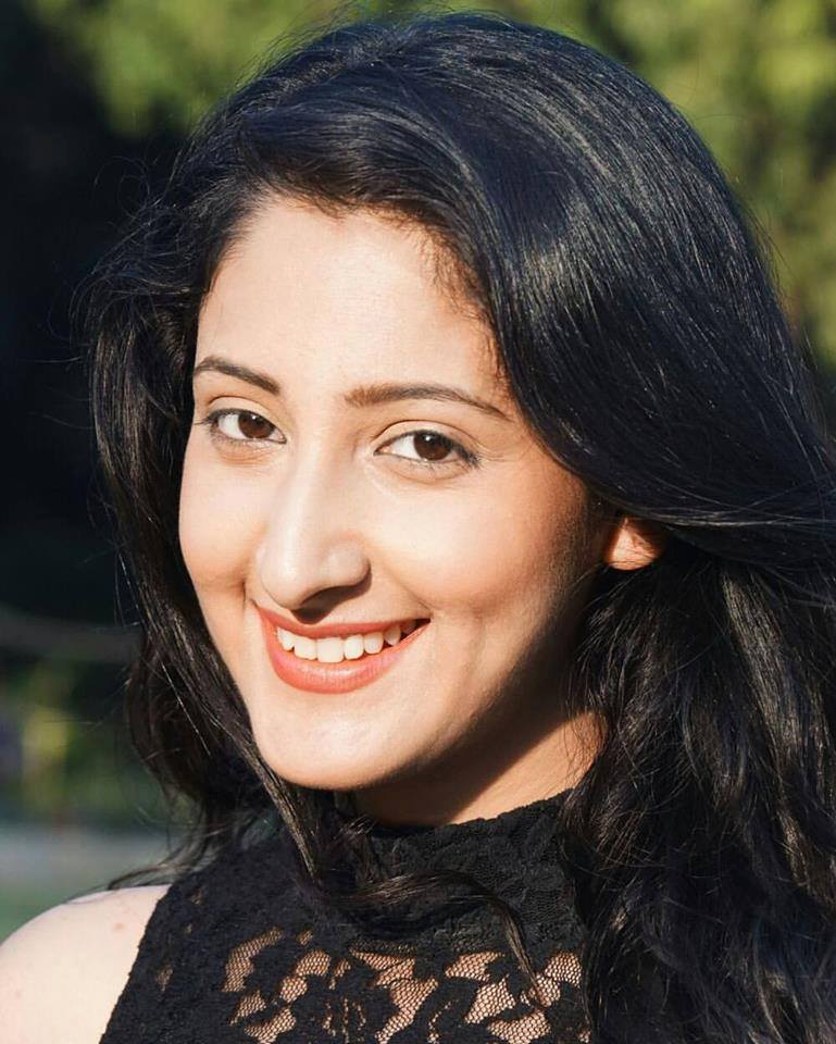 Shivya Pathania Cute Smiling Pics
