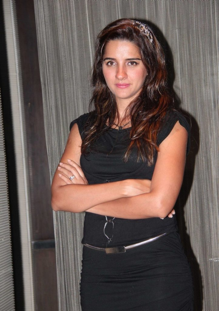 Shruti Seth Latest New Full HD Images