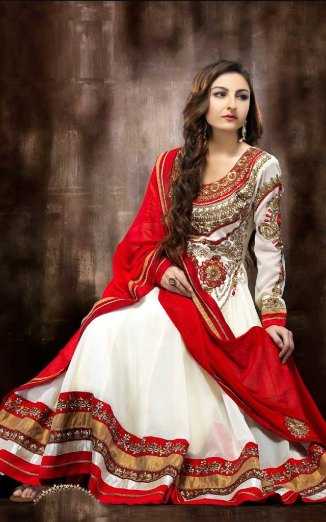 Soha Ali Khan Height Waight Age Biography